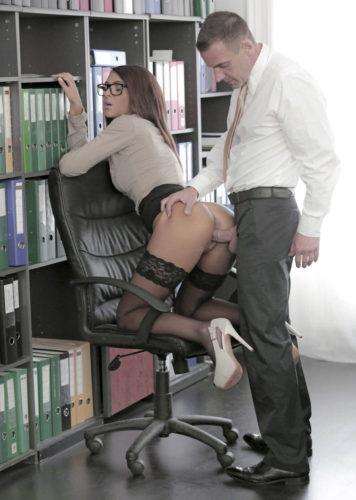 Sama sa profesorom na konsultacijama