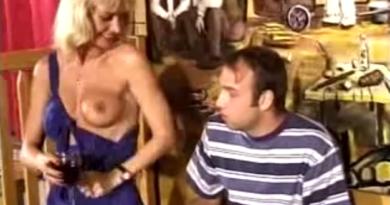 VIDEO: Šankerica mi je skakala na kurcu