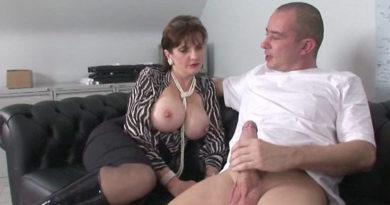 Sex sa tetkom