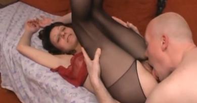 mama porno mobilna