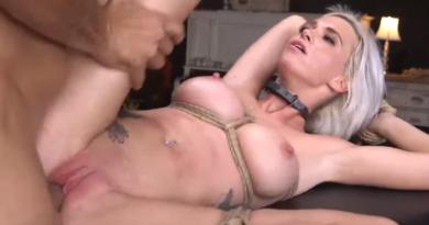 VIDEO: Ona voli da je boli