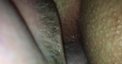 VIDEO: Pederska pičkica izjebana jezikom