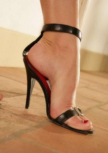 noga u sandali