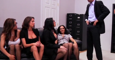 VIDEO: 1 direktor i 4 sekretarice na razgovoru za posao