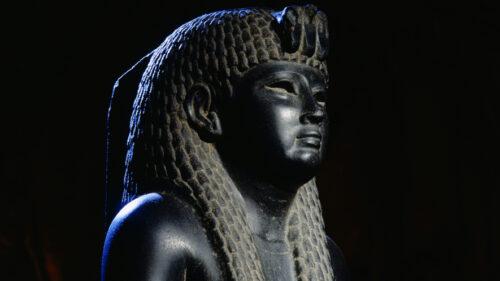 Kleopatra statua