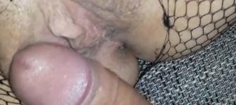 VIDEO: Kroz rupu na čarapama, pa u njenu vlažnu rupu